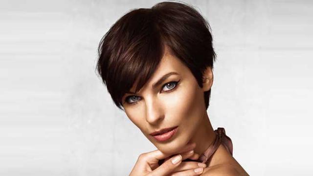 Quelle Coupe De Cheveux Adopter A 50 Ans Et Plus Femme Actuelle