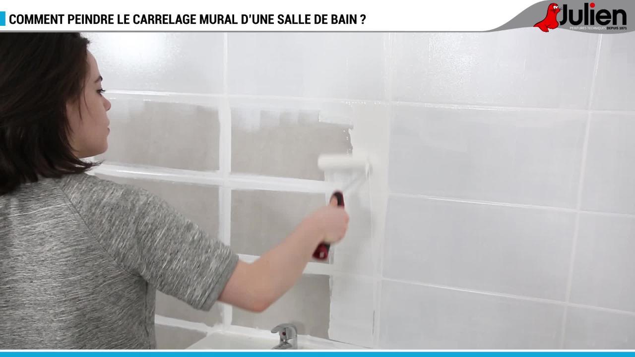 peinture de salle de bain comment relooker le carrelage mural femme actuelle - Peinture Carrelage Mural Salle De Bain