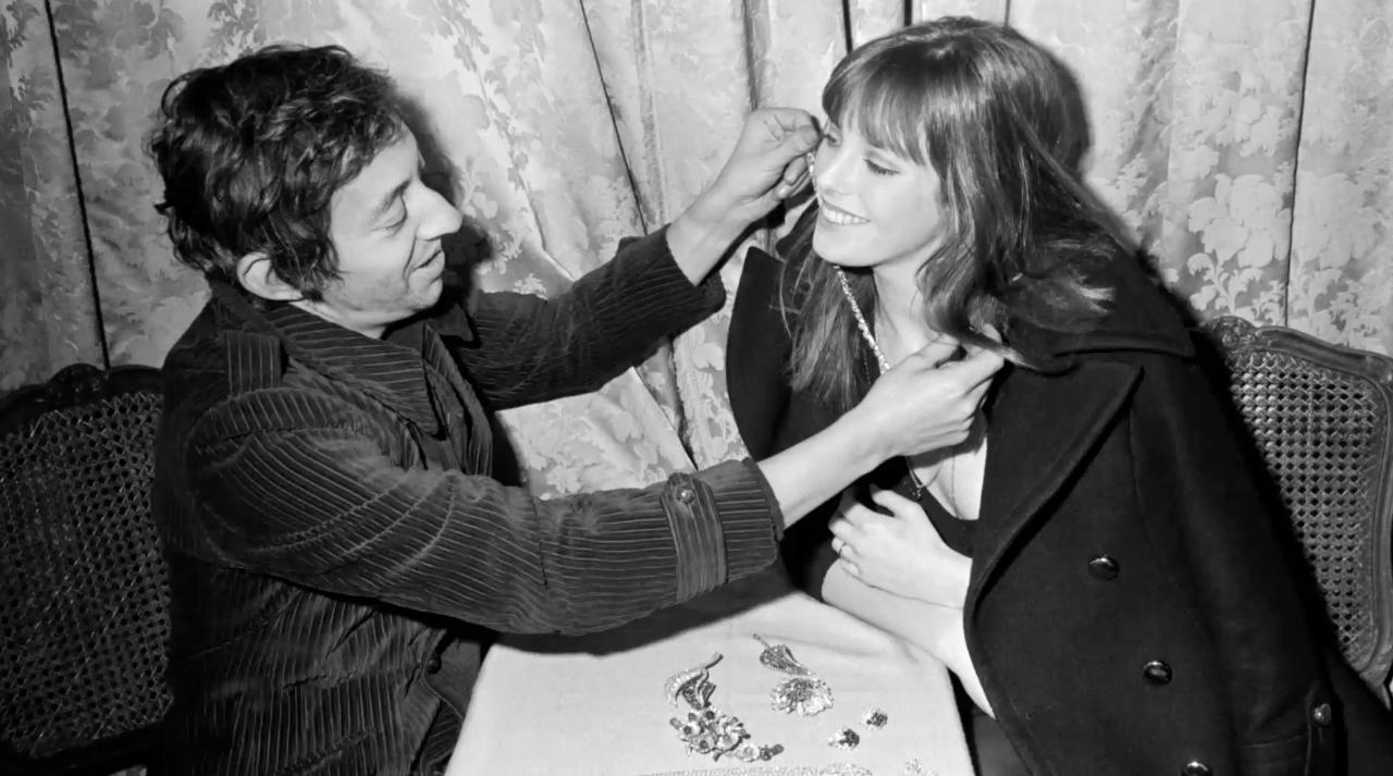 FEMME ACTUELLE - Jane Birkin : comment elle a vécu l'arrivée de Bambou, que  Serge Gainsbourg a rencontrée après leur séparation